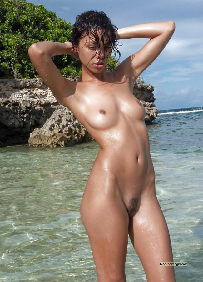 Naked pregnant women free pictures