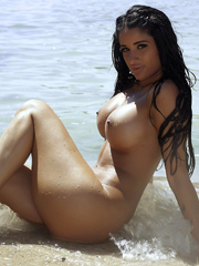 sexy-ebony-nude-girlfriend-pics