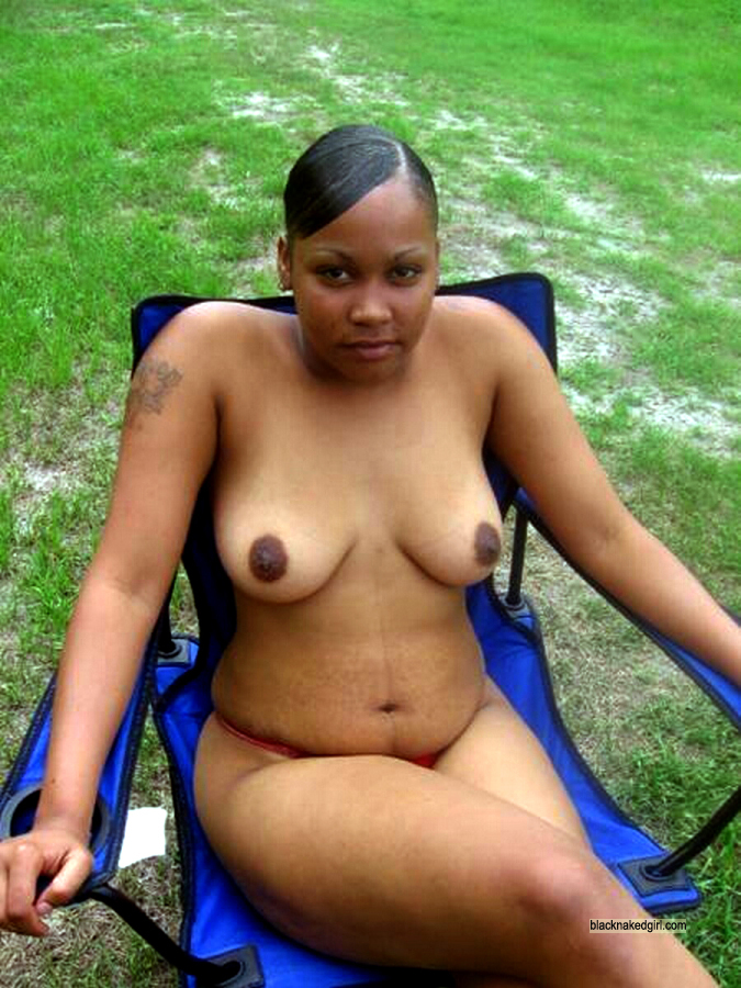 black-wives-spreading-nude